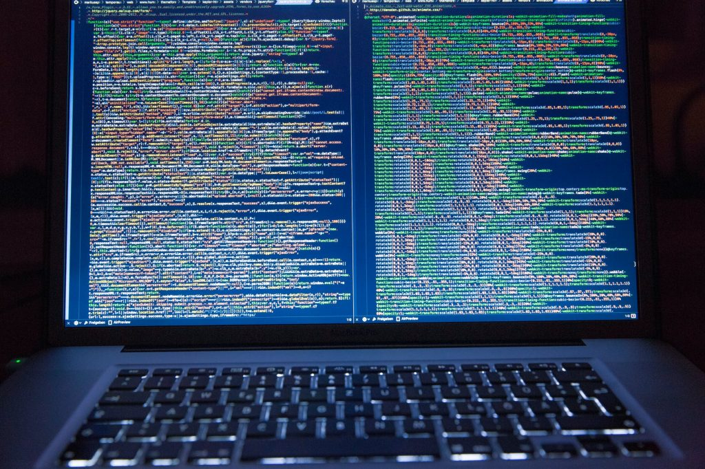 Chińscy cyberszpiedzy – poważny atak na wojsko